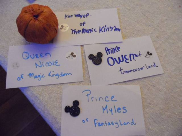 goody name cards