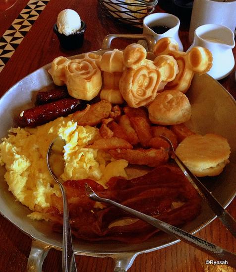 breakfast at ohana.jpg