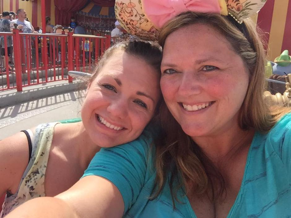 steph and nickie on dumbo