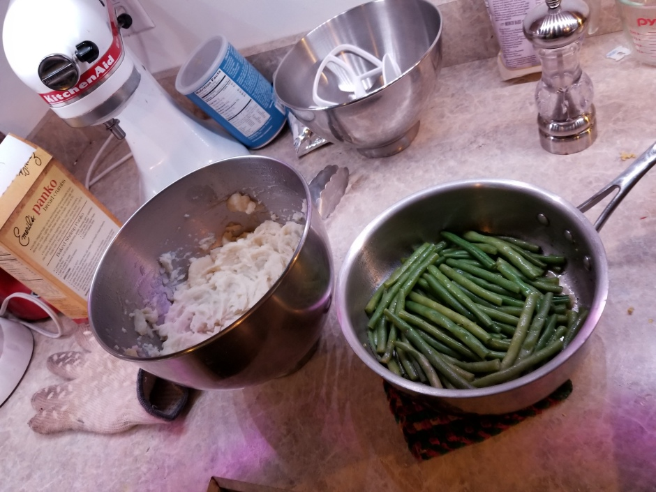 green beans and mashed.jpg