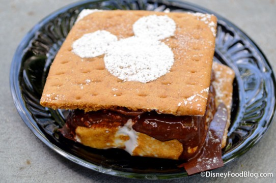 House-made-Smore_The-Ganachery_18-01-700x465.jpg