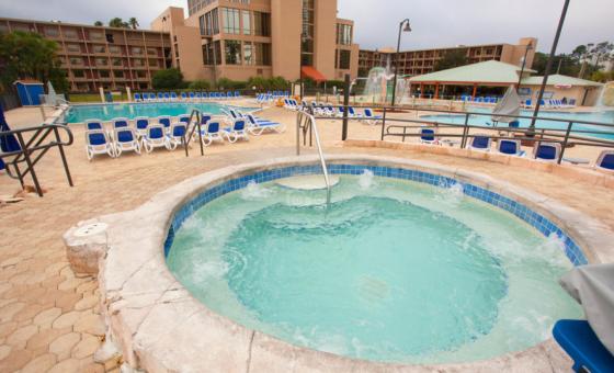 wyndham pool.PNG
