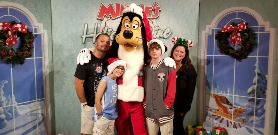 GOOFY AND FAM