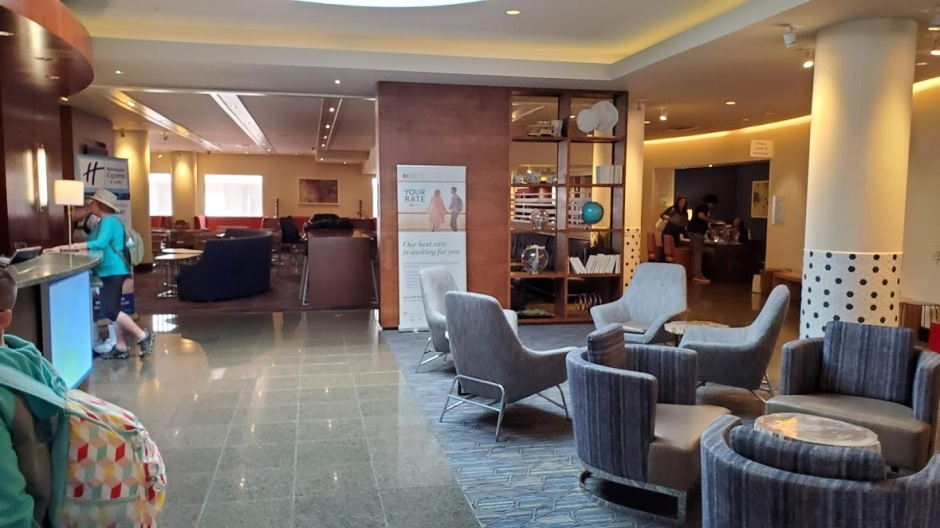 HOLIDAY INN 1 DAY 2 CA 2019.jpg