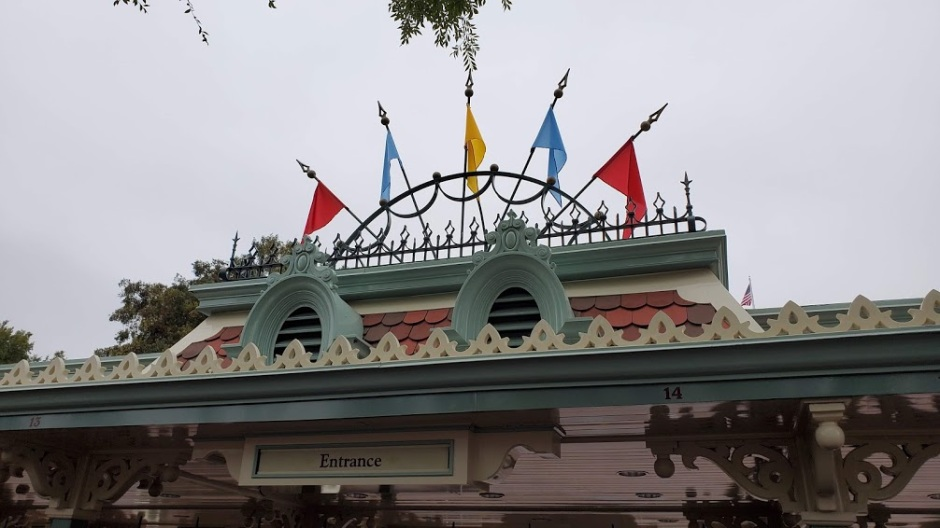 DISNEYLAND ENTRANCE DAY 11 CA 2019.jpg