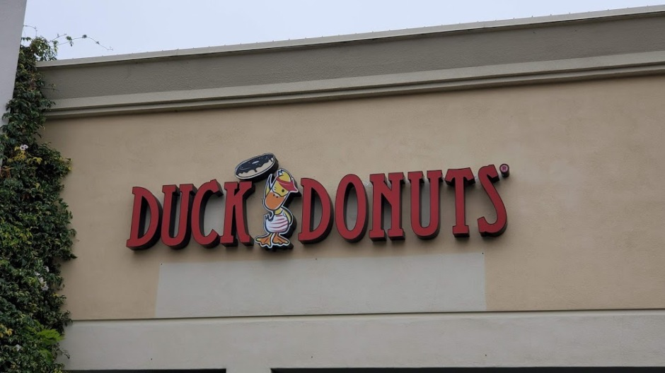 DUCK DONUTS 1 DAY 16 CA 2019